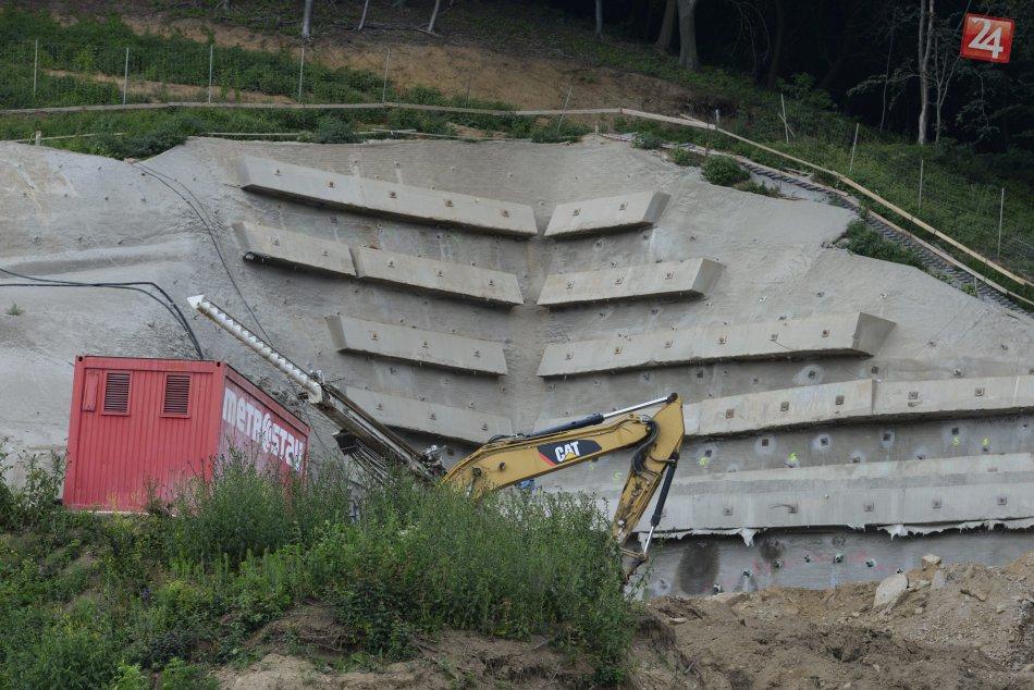 Práce na tuneli Prešov sa už naplno rozbehli  Začalo sa s jeho razením!  97e52f231bc